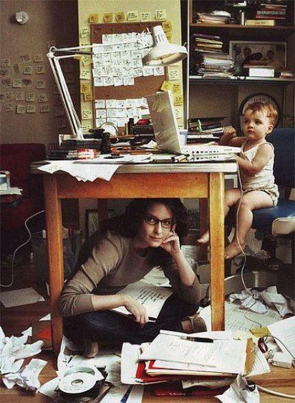 grafika-mama-pracujaca