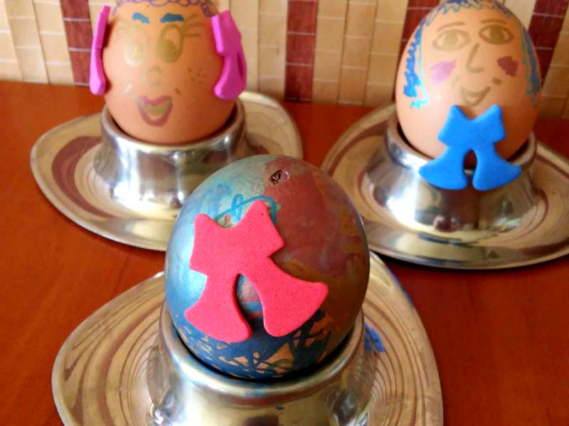 pomalowane wydmuszki, wydmuszki 3-latki, jajka wielkanocne