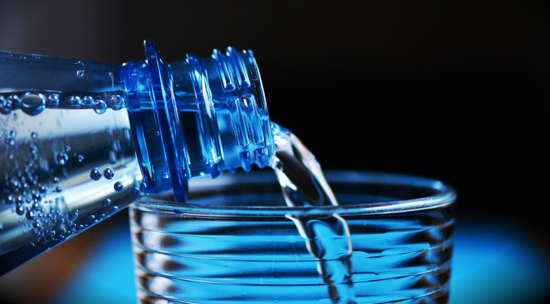 woda filtr butelka
